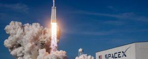 Elon Musk mostra o visual dos satélites Starlink para sinal de internet